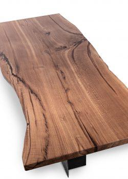 038 – Massivholztisch aus einem Stück – Eiche mit Waldkante