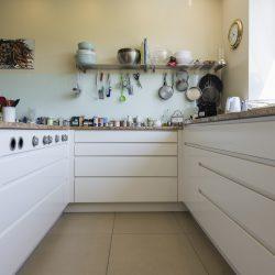 Eine Küche mit 2 Gesichtern