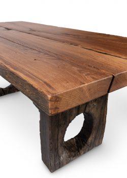 043 – Massivholztisch Eiche Altholz, nicht gekittet, klein